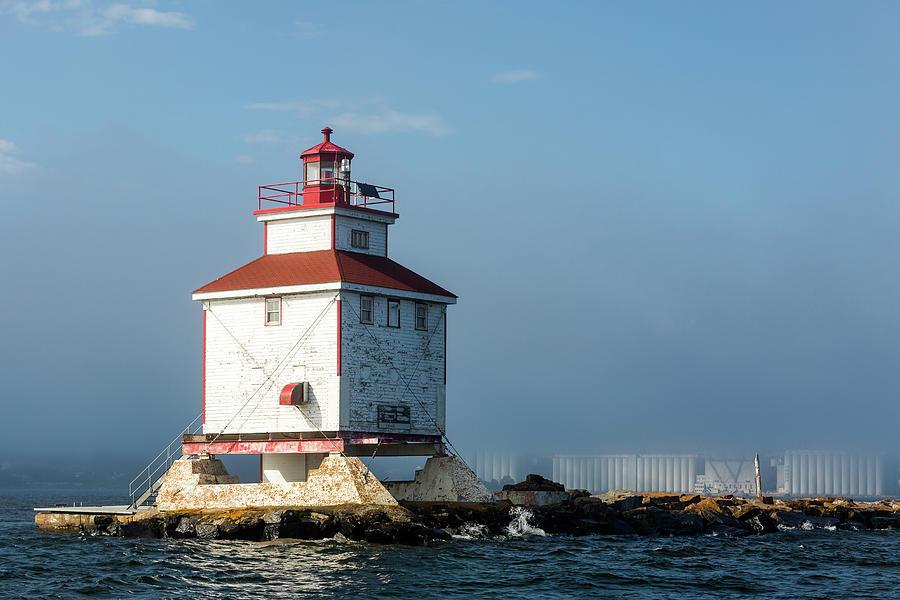 Lighthouse Photograph - Thunder Bay Main by Linda Ryma