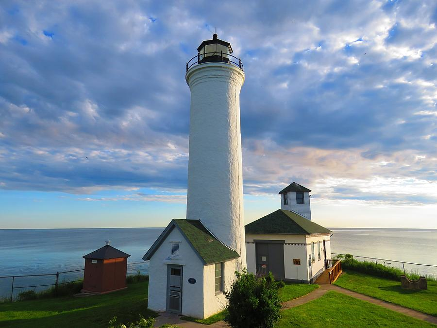 Tibbetts Point Lighthouse In June Photograph