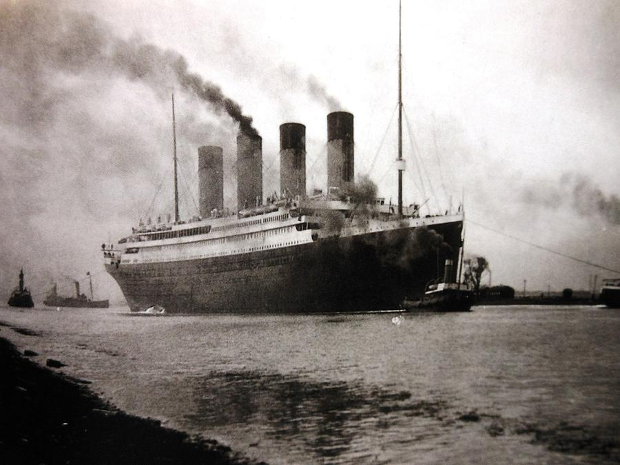 Photo Photograph - Titanic  by Lord Frederick Lyle Morris - Disabled Veteran