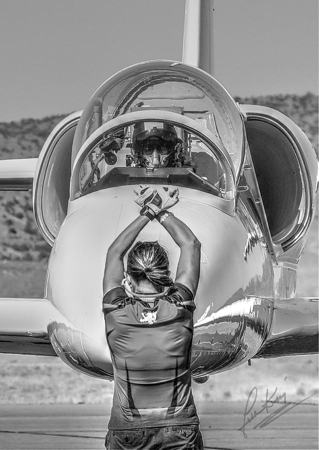 Reno Air Races Photograph - Darkstar II Taxis In Signature Edition by John King