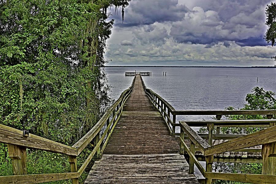 Retreat Photograph - A Walk To The Sea by Paula Porterfield-Izzo