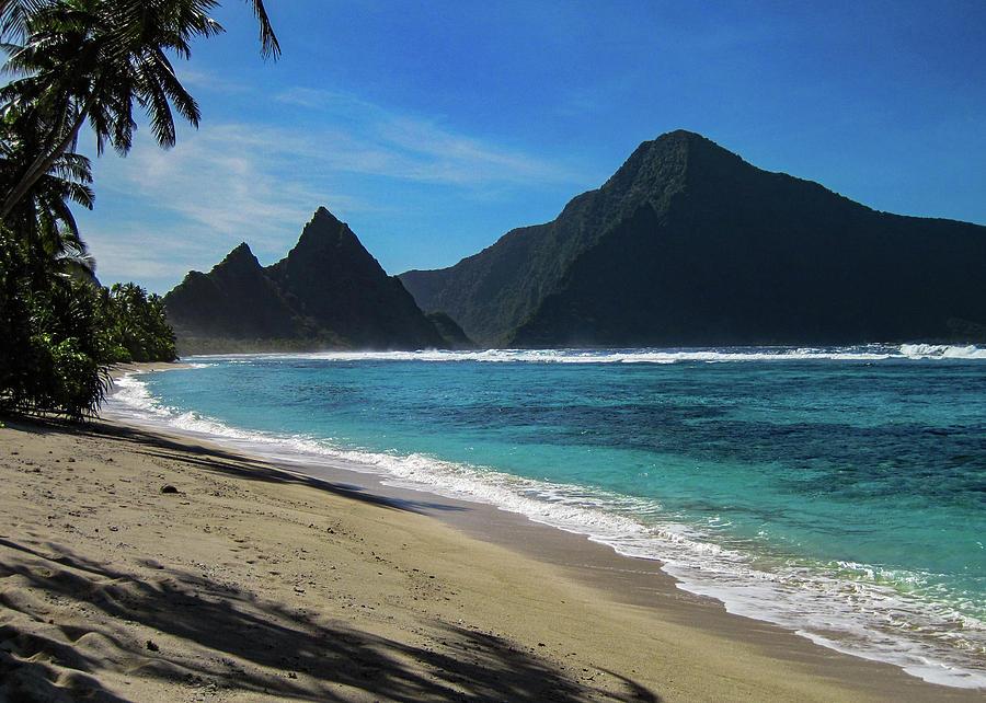 To'aga Beach, Ofu, Manu'a Islands by Brenda Smith DVM