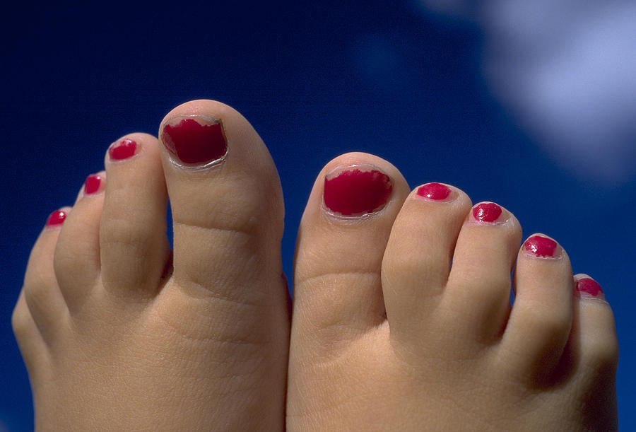 Toes Photograph - Toes by Michael Mogensen
