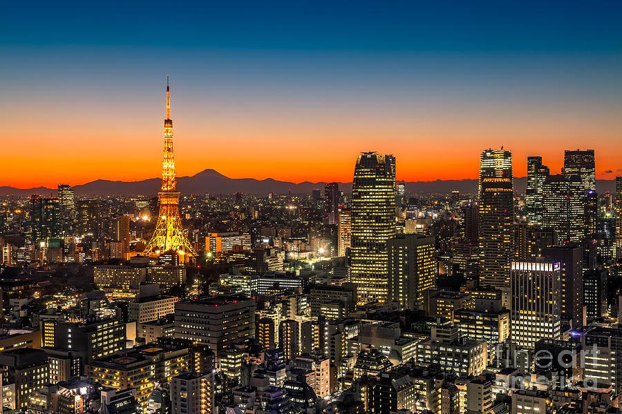 Tokyo Photograph - Tokyo 03 by Tom Uhlenberg