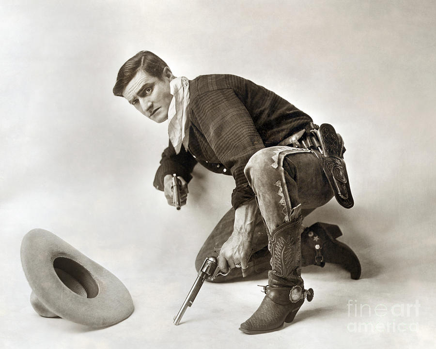 1919 Photograph - Tom Mix (1880-1944) by Granger
