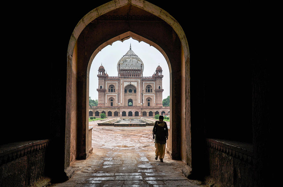 Arch Photograph - Tomb Of Safdarjung New Delhi by Freepassenger By Ozzy CG