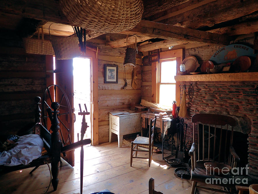 Cabin Photograph - Toms Old Fashion Cabin by Nicole Angell