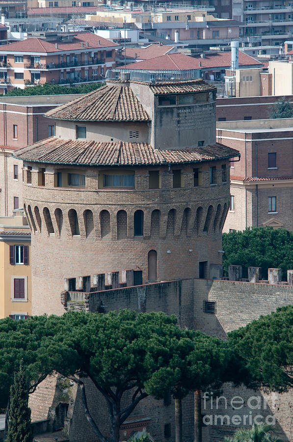 Torre San Giovanni Photograph - Torre San Giovanni St Johns Tower On The Ramparts Of The Walls Of The Vatican City Rome by Andy Smy