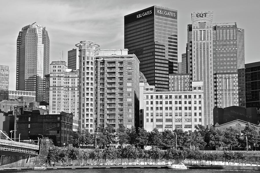 Pittsburgh Photograph - Tower Over Pittsburgh In Black And White by Frozen in Time Fine Art Photography