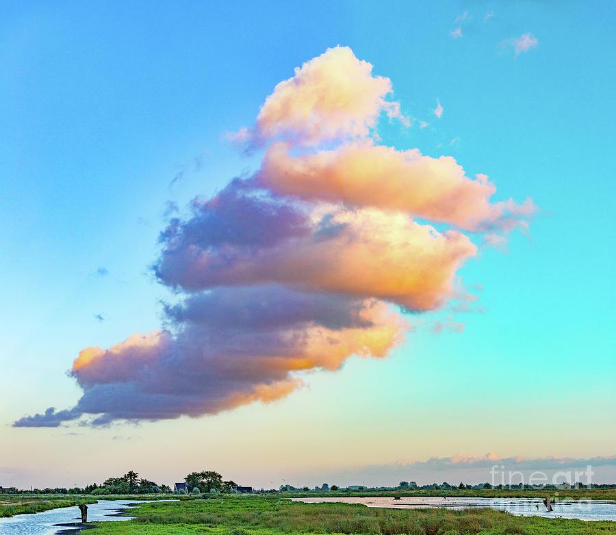 Towering cloud by Casper Cammeraat