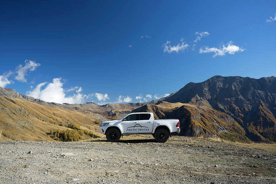 Hilux Photograph - Toyota Hilux At37 by Carlton Boyce