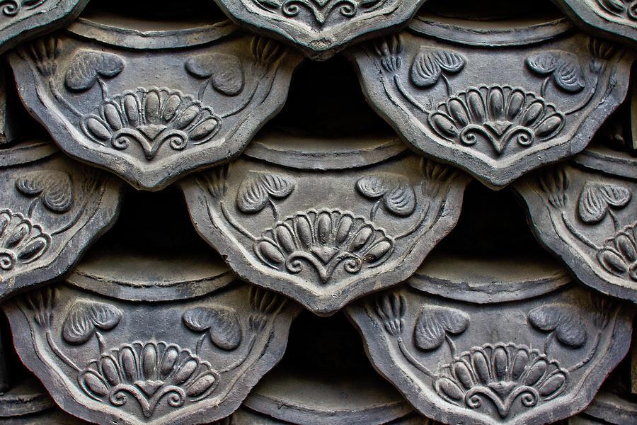 Horizontal Photograph - Traditional Korean Roof Tiiles by Alex Barlow