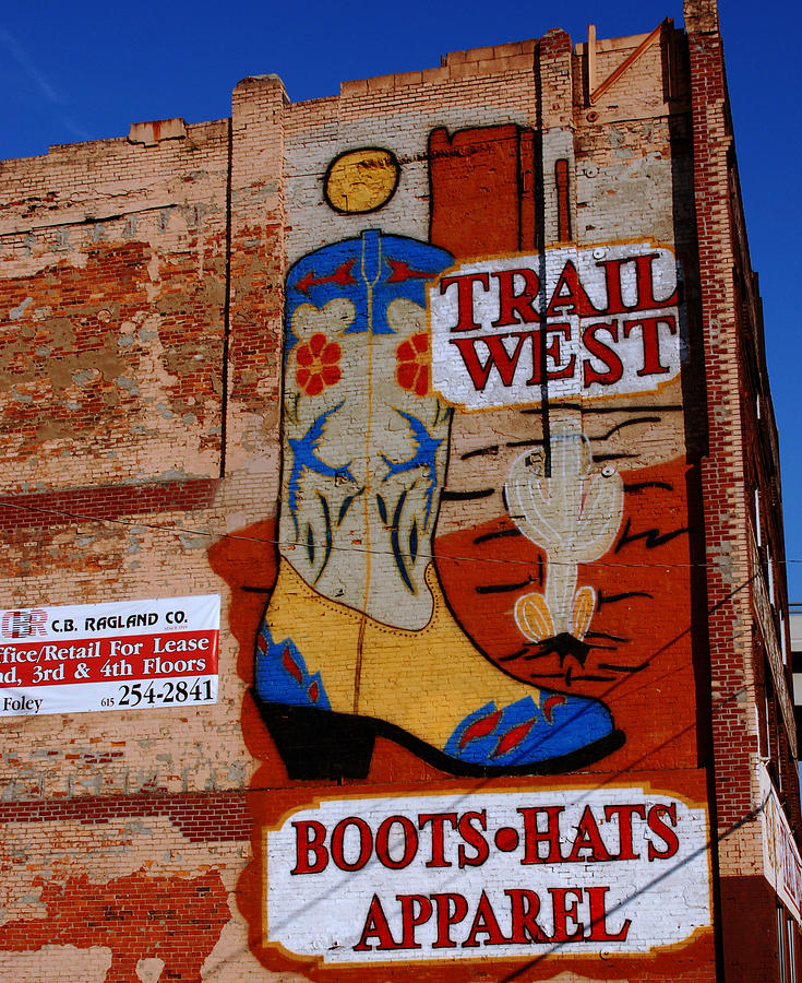 Mural Photograph - Trail West Mural by Susanne Van Hulst