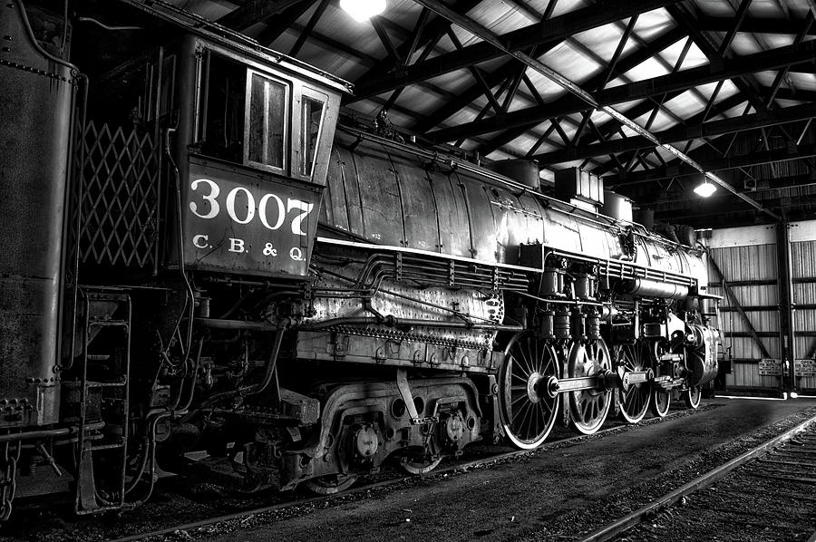Illinois Railway Museum Photograph - Trains 3007 C B Q Steam Engine Bw by Thomas Woolworth