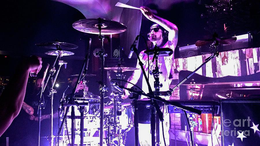 Travis Barker Photograph - Travis Barker Going Hammer by Jason Sullivan