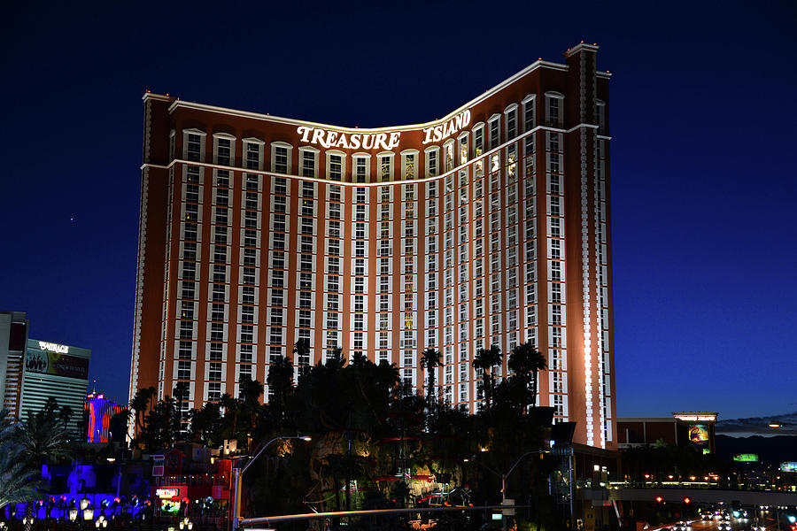 Treasure Island Vegas Reviews