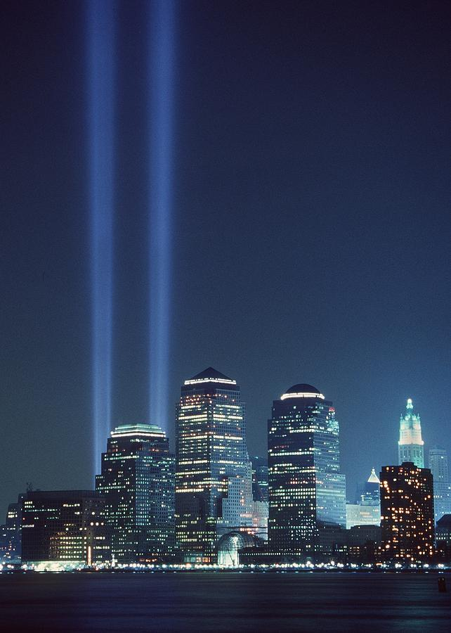 2000s Photograph - Tribute Of Light Represents The Fallen by Everett