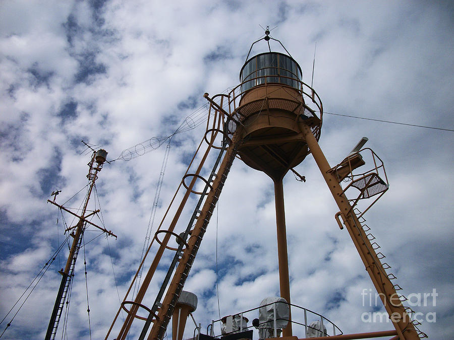 Lighthouse Photograph - Tripod Lighthouse, Lightship Nantucket Wlv 613 by Lita Kelley