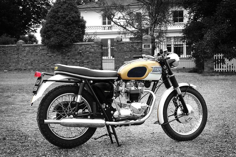 Triumph Bonneville Photograph - Triumph Bonneville 1964 by Mark Rogan