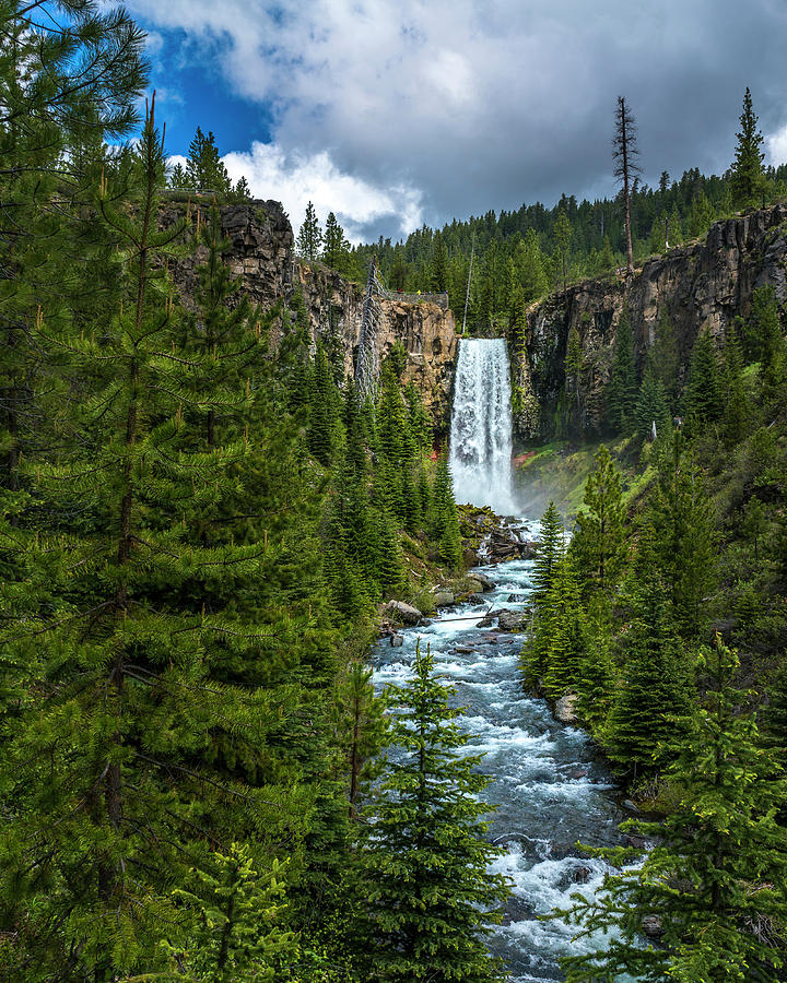 Tumalo Falls by Bryan Xavier