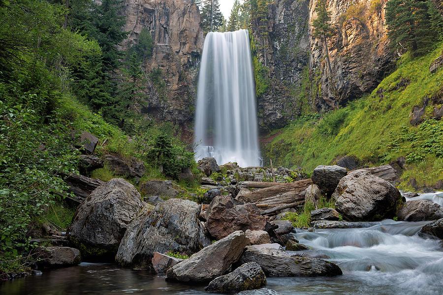 Tumalo Falls Photograph - Tumalo Falls Closeup by David Gn