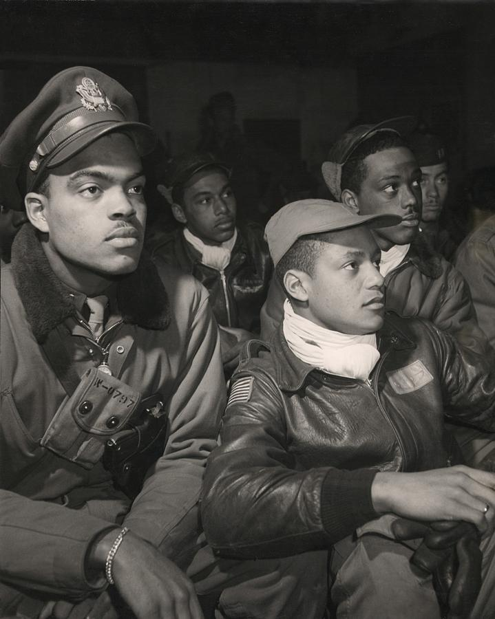 History Photograph - Tuskegee Airmen Of The 332nd Fighter by Everett