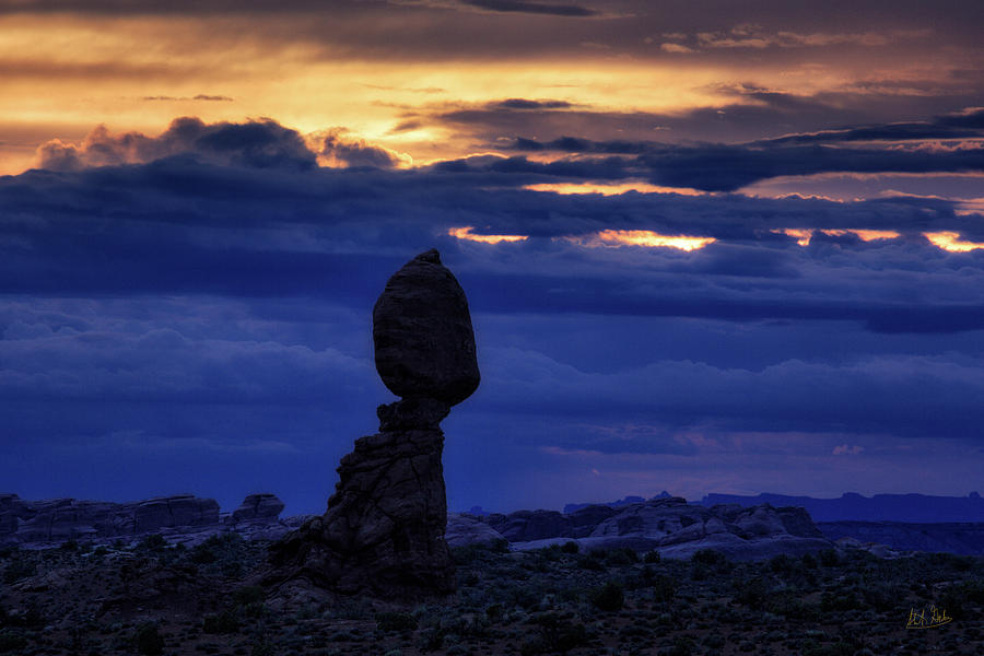 Twilight At Balanced Rock by Stuart Gordon