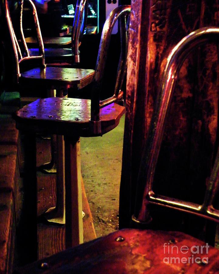 Texas Bar Photograph - Two Fifteen Am by Joe Jake Pratt