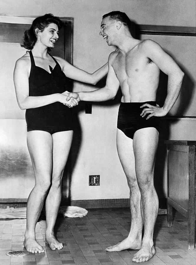 1940s Photograph - Two Swimming Stars by Underwood Archives