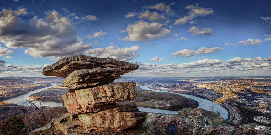 Umbrella Rock Overlooking Moccasin Bend by Steven Llorca