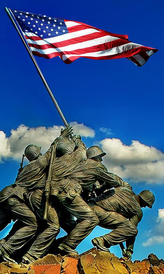 Washington Dc Photograph - Uncommon Valor by Don Lovett