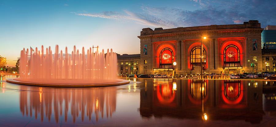Kansas City Photograph - Union Station Kansas City Chiefs by Kevin Whitworth