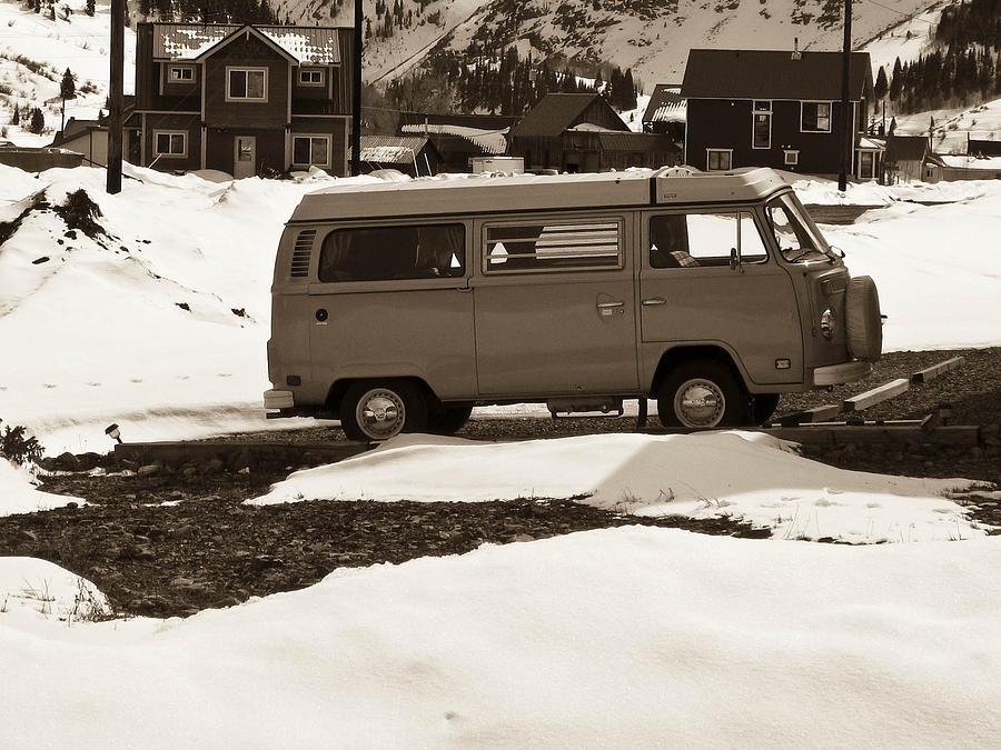 Bus Photograph - Unused by Tessa Hunt-Woodland