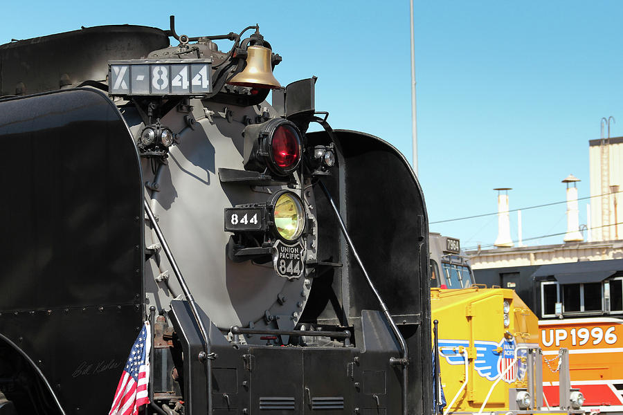 Bailey Yard Photograph - Up 844 With Friends by Bill Kesler