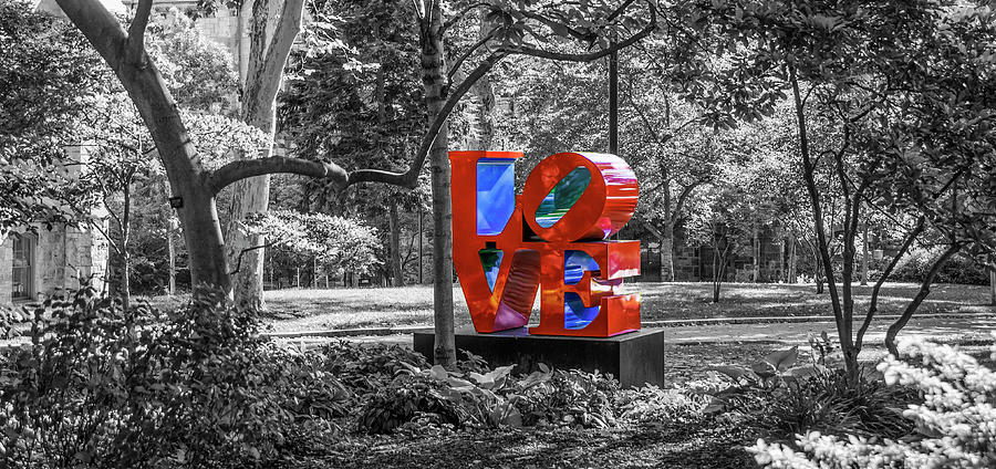 Upenn Photograph - Upenn - Love - Selective Color by Bill Cannon