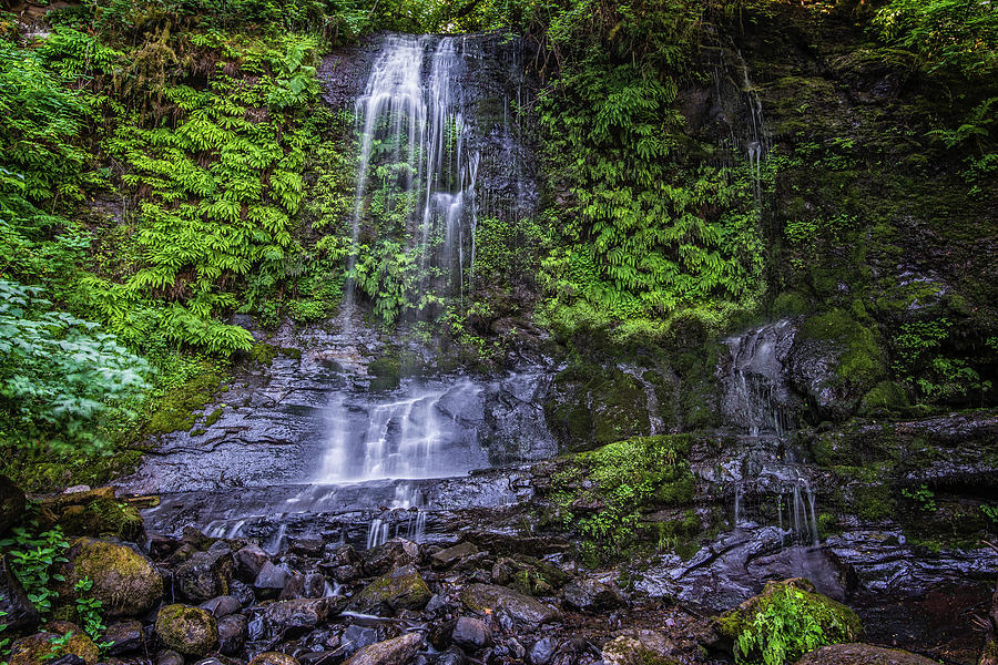 Upper Terrace Photograph - Upper Terrace Falls by Joe Hudspeth