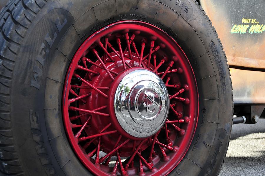 Oldsmobile Photograph - V8 Wheels by David Lee Thompson