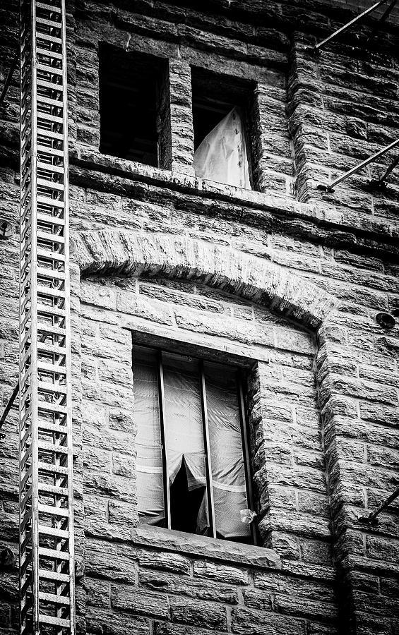 Matthew Blum Photograph - Vacancy by Matthew Blum