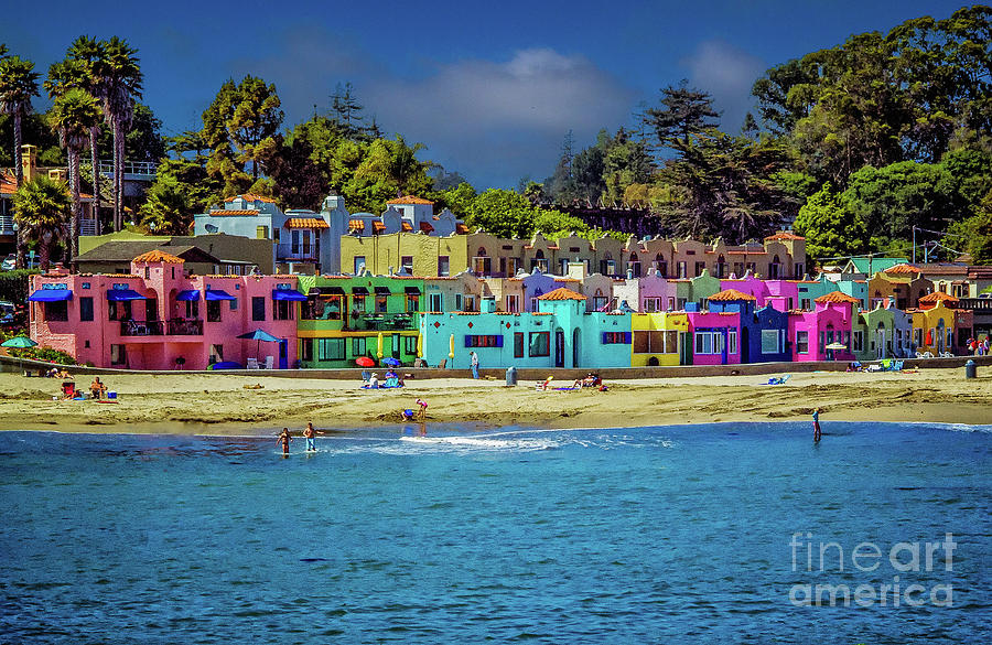 Venetian Capitola by Paul Gillham