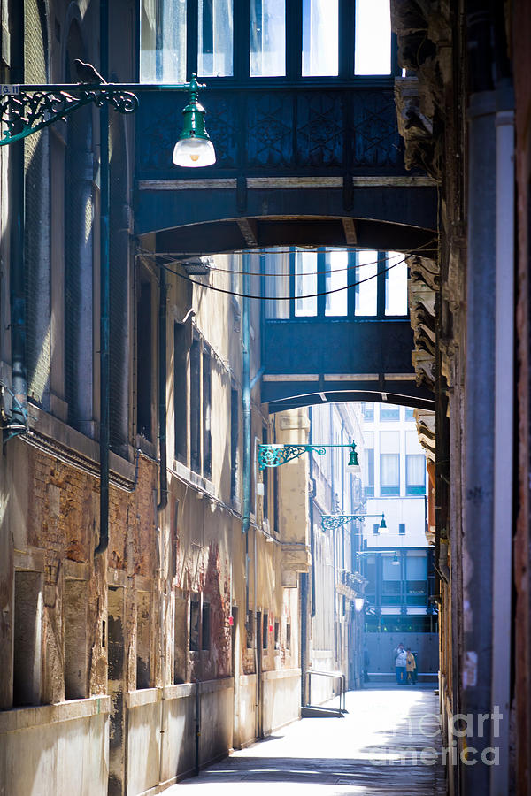 Venice alley 3 Photograph by Marc Daly