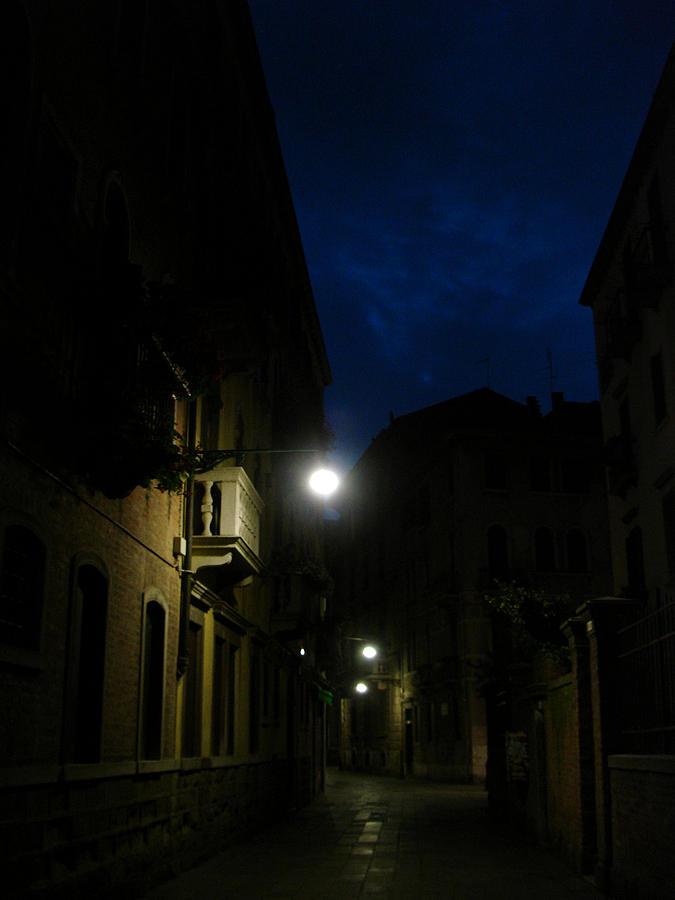 Venice Photograph - Venice At Night by Jennifer Kelly
