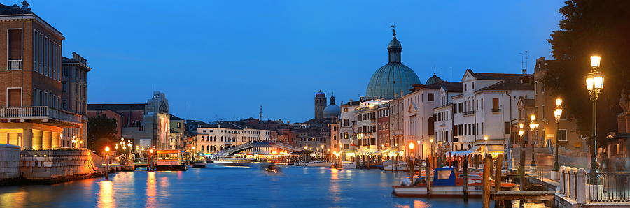 Venice canal night panorama by Songquan Deng