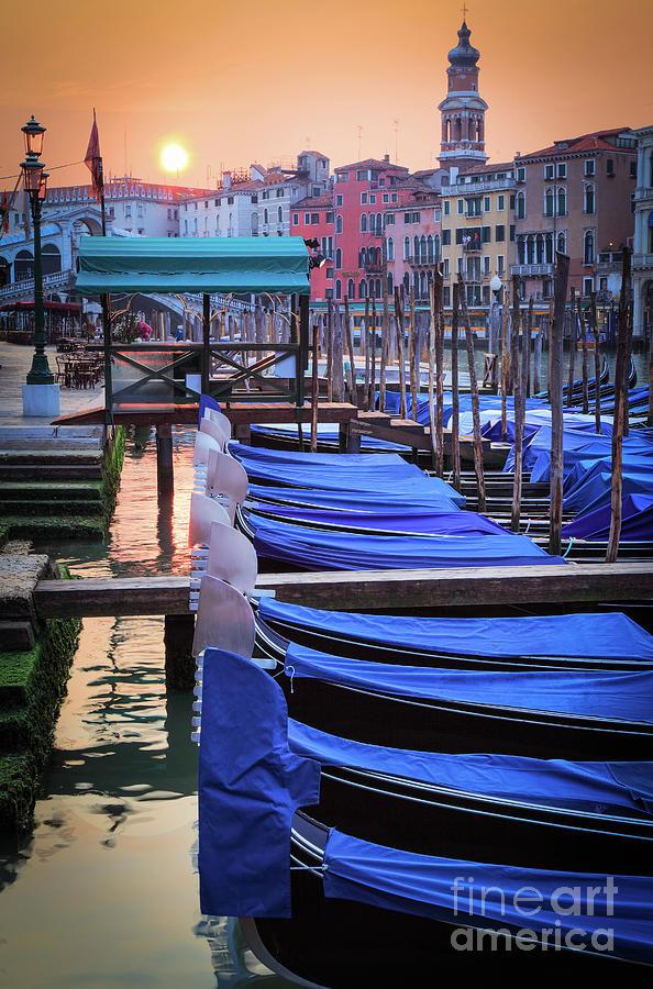 Canal Grande Photograph - Venice Sunrise by Inge Johnsson