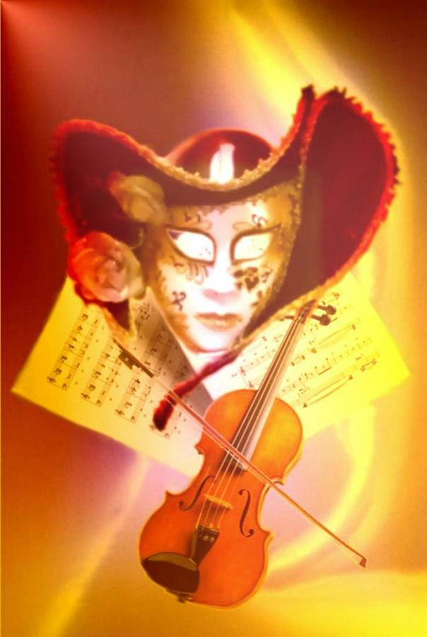 Mask Photograph - Venice Violinist by Norman Reutter