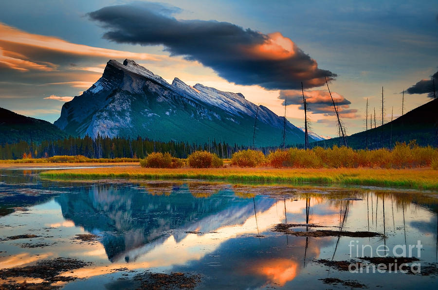 Mount Rundle Photograph - Vermillion Beauty by Tara Turner