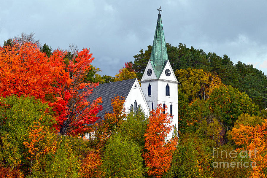 Vermont Photograph - Vermont Church In Autumn by Catherine Sherman