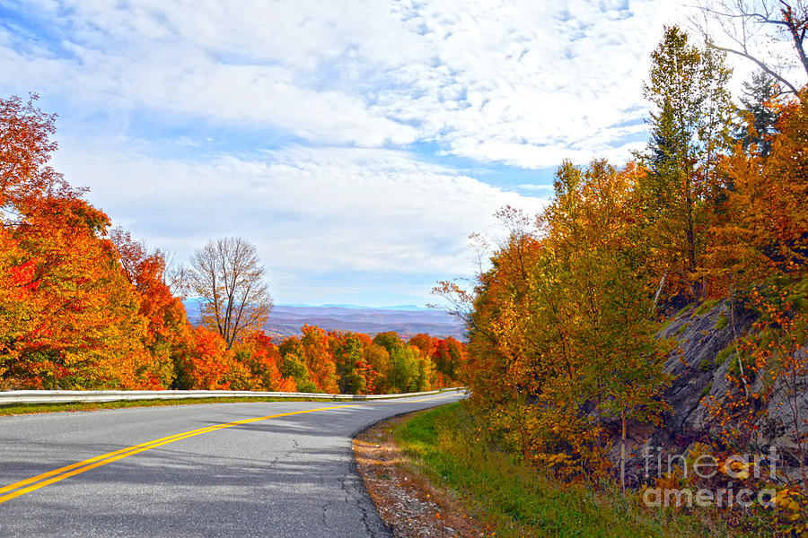 Vermont Photograph - Vermont Mountain Road by Catherine Sherman