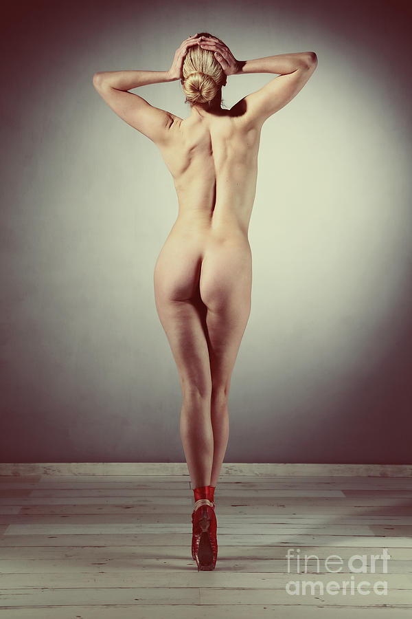 Very Beautiful nude woman posing ballet look by William Langeveld