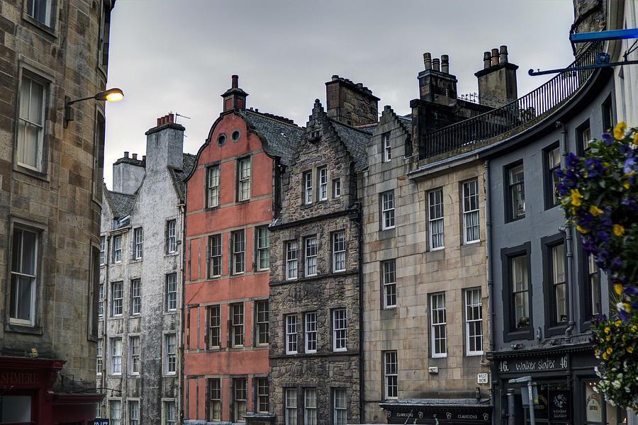 Edinburgh Photograph - Victoria Street by Mark Smith