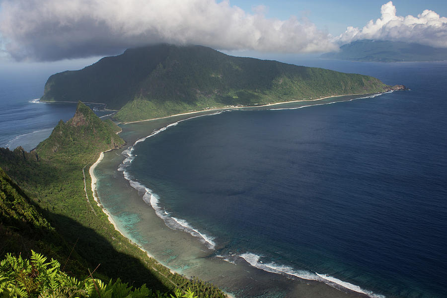 View of the Manu'a Islands from the Tumu Overlook  by Brenda Smith DVM
